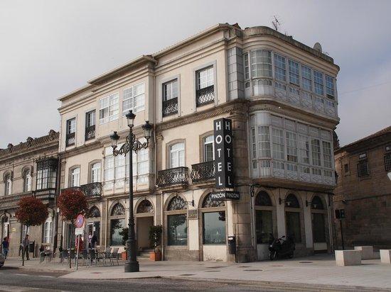Pinzon: Vue de l'hôtel de la rue