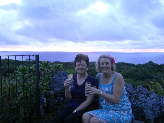 Namukulu Cottages & Spa: Sunset whale watching