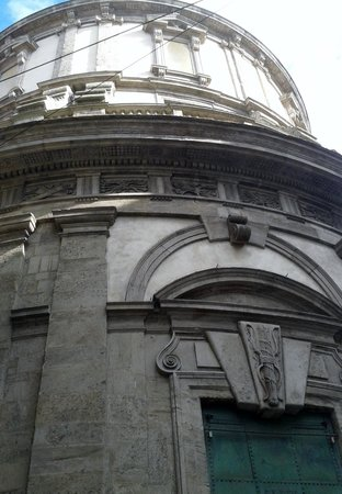 Civico Tempio di San Sebastiano: struttura esterna