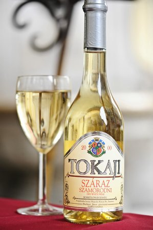 Monarchia Old Restaurant & Pizzeria: Hungarian Tokaji Wine