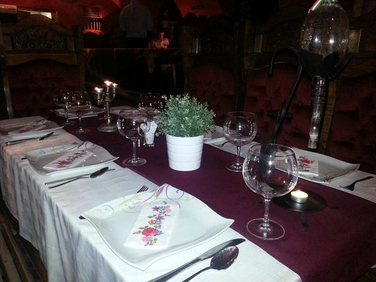 Monarchia Old: Table for a good hungarian dinner :)