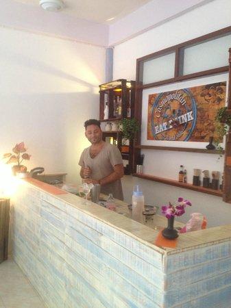 COSMOPOLITAN, Eat & Drink, World Stile : Barman