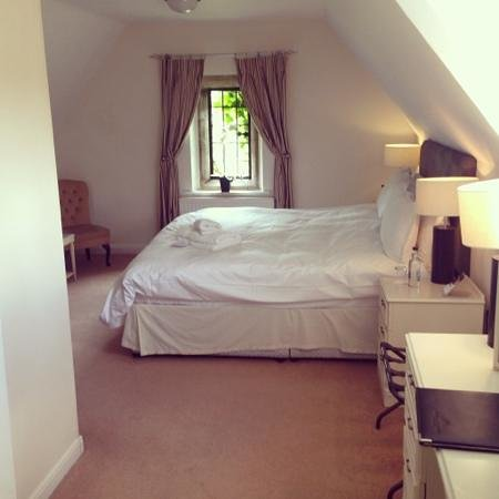 Stonehouse Court: the room