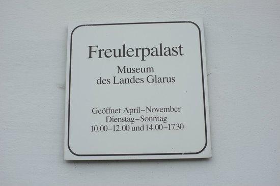 Nafels, Ελβετία: XXX