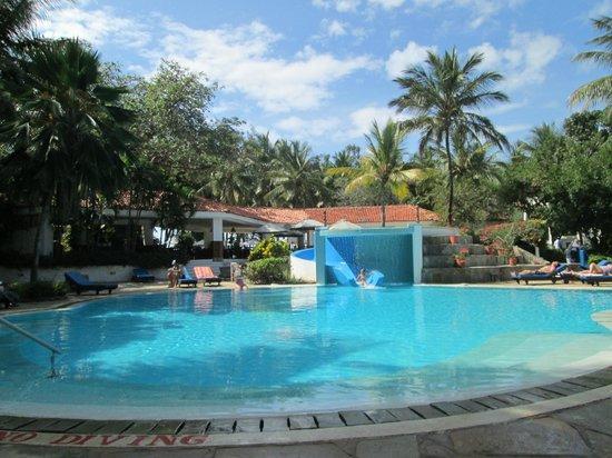 Diani Sea Resort: Pool