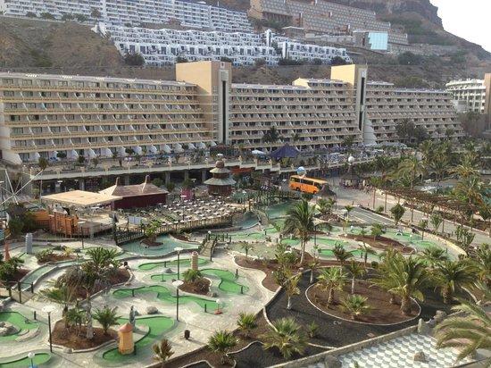 Paradise Valle Taurito : Mini golf and Lago hotel