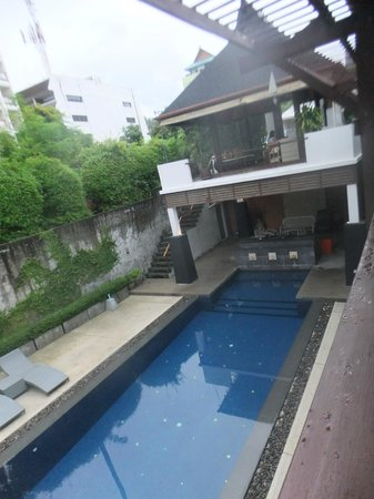 Surintra: piscine