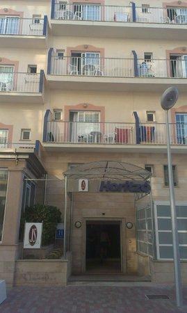 Hotel JS Horitzo: Eingang