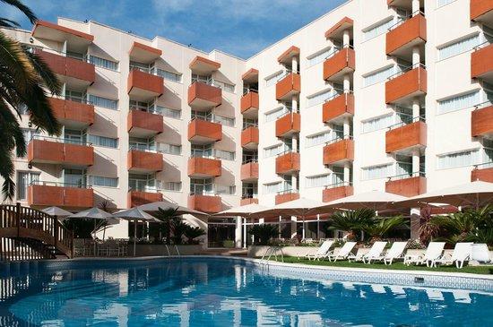 Monica Hotel : Exterior día
