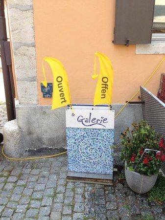 บีล, สวิตเซอร์แลนด์: www.tiny.cc/galtent