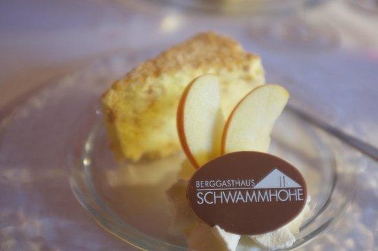 Berggasthaus Schwammhöhe: Nougat-Eistorte