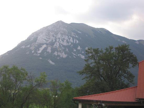 Hudičevec Tourist Farm : il monte  nanos