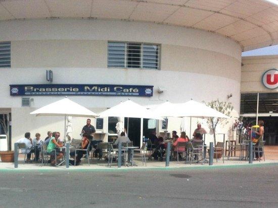 Brasserie Midi Cafe 3 : La terrasse