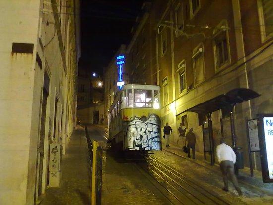 Lisbon Tram & Funicular Network : It's so steep