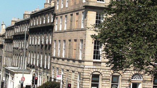 Fountain Court Apartments - Grove: Old saga