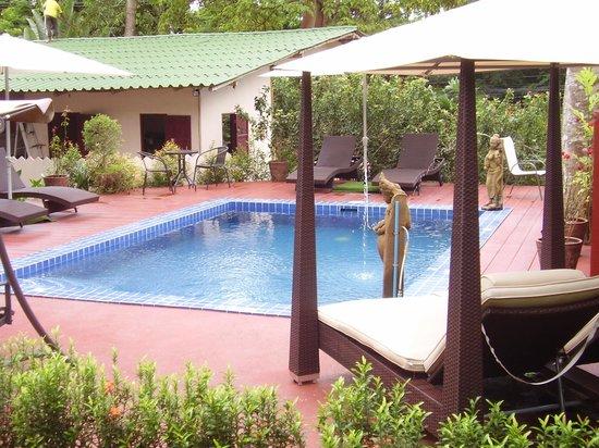Saint Tropez Guest House: bungalow