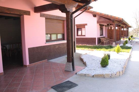 Apartamentos Aires De Avin: .