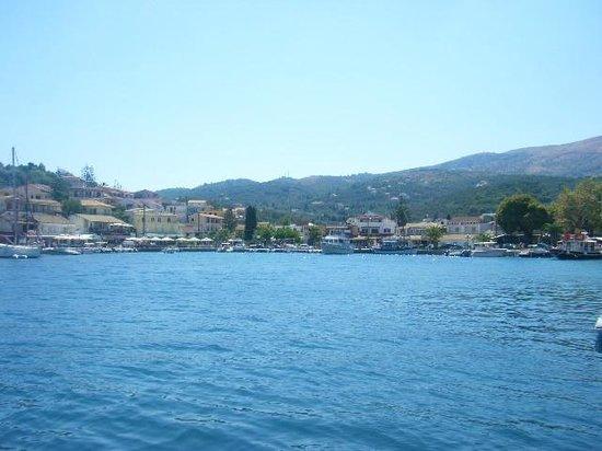Odysseus Hotel: Kassiopi harbor