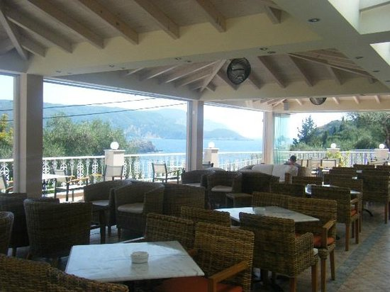 Odysseus Hotel: The Hotels veranda area