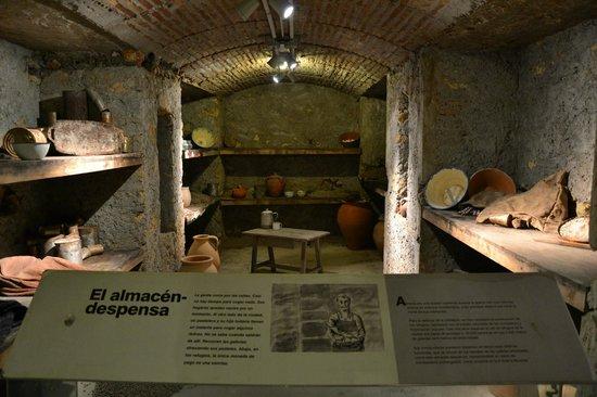 Museo Refugio De La Guerra Civil: Despensa