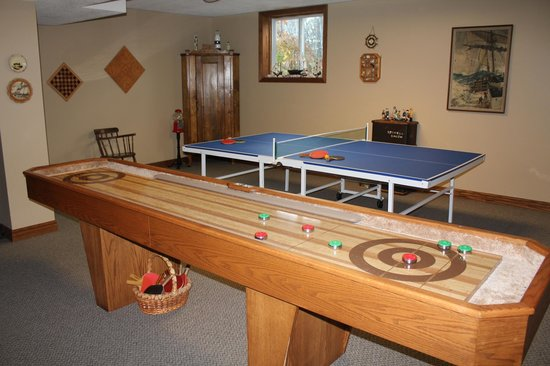 Woodland Gardens Bed and Breakfast : Spacious games room