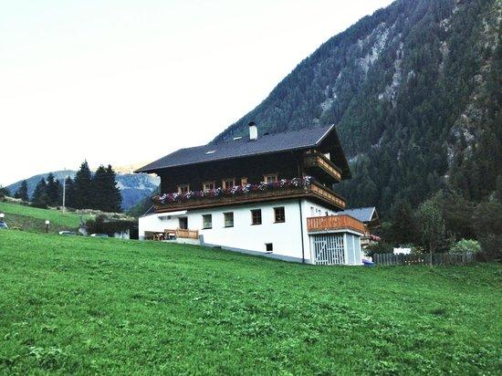 Ferienwohnungen Niederarnigerhof Familie Bauernfeind: Außenansicht
