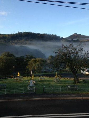 Bryn Tyrch Inn: Stunning View