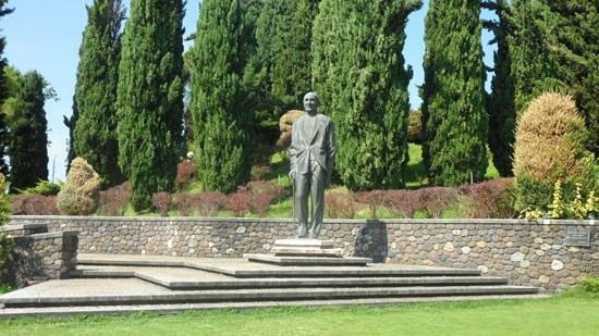 Parco Giardino Sigurta: statua a Carlo sigurtà