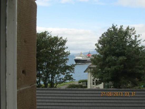 Barriemore Guest House: View from room (at the side)