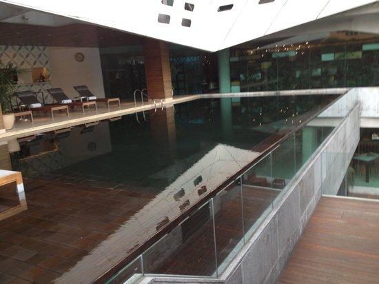 LiT BANGKOK Hotel : Pool
