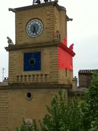 Grand Hôtel de la Poste : Vue de la chambre sur la Tour de l'Horloge