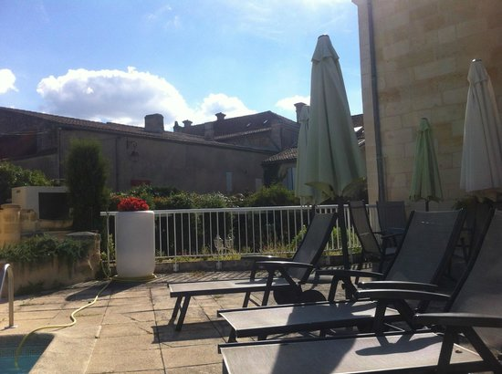 Hotel Palais Cardinal: Terrace Area