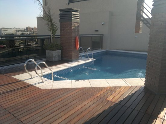 Kube Apartments Express: agua climatizada , muy buena