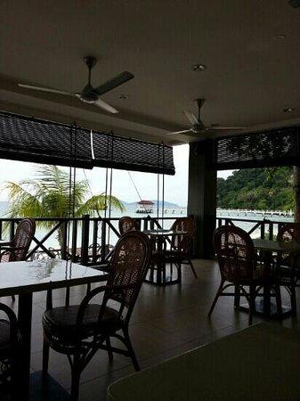 Summer Bay Resort Lang Tengah Island: SBR's Beachview Cafe
