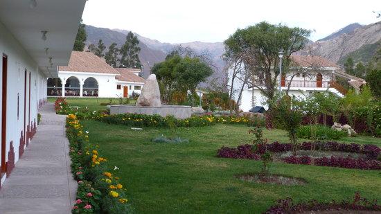 Hotel Agustos Urubamba: un peu de verdure dans cette région très sèche à cette époque
