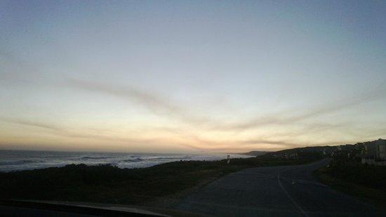 16 Beach Music: DUSK