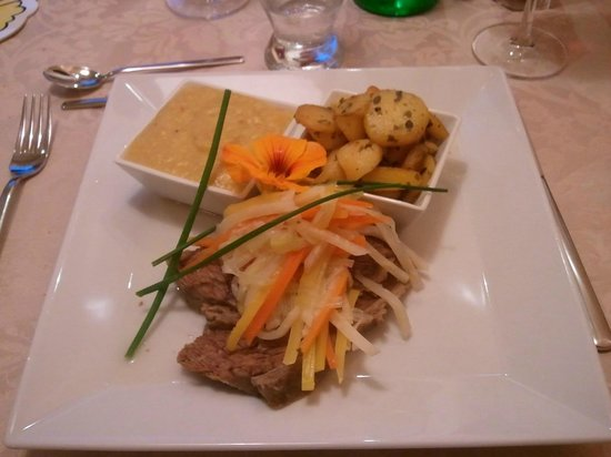 Hotel Sonnenheim: secondo piatto