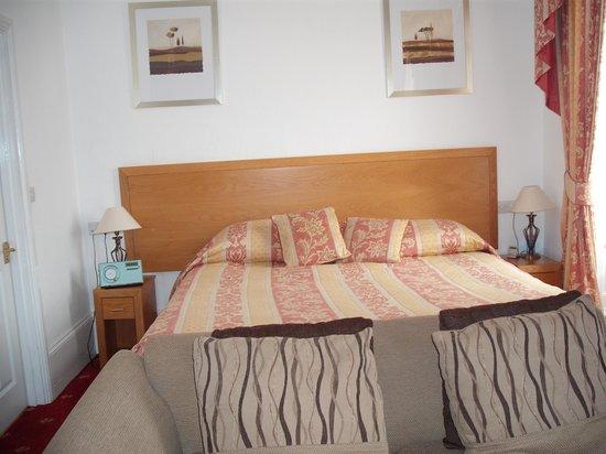 Heywood Spa Hotel: bedroom 5