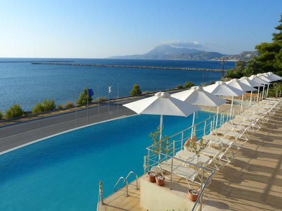 Kymi Palace : Pool with a view
