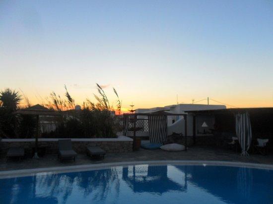 โรงแรมเจสัน: tramonto...