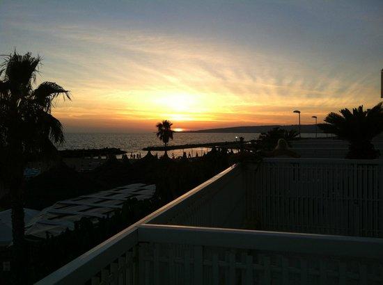 Hotel Pino al Mare : Il tramonto visto dalla camera