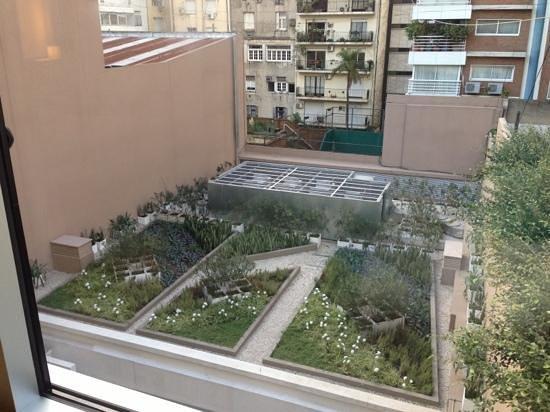 Recoleta Grand: Vista para o jardim