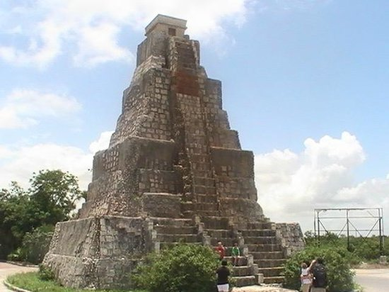 The Replica Pyramid Costa Maya Yucatan Mexico Picture