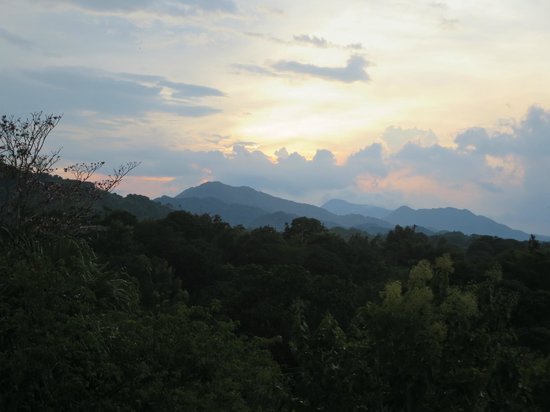 Villa Maria Tayrona - a Kali Hotel: sunset over mountains, from room #3 terrace