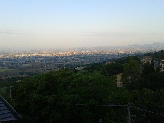 Grand Hotel Assisi: TRAMONTO DALLA TERRAZZA