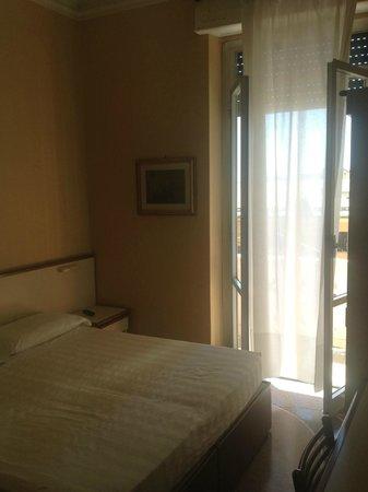 Hotel Vittoria Orlandini : Стандартный номер с балконом