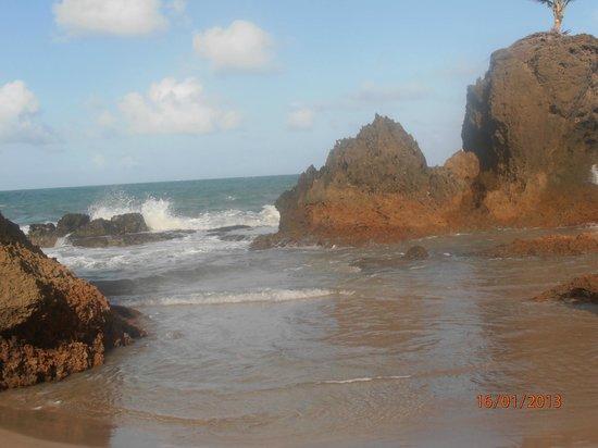 Netuanah Praia Hotel: Prainha lindíssima que antecede a praia de nudismo