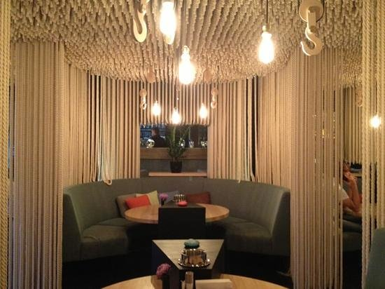 Great use of rope to decorate picture of odessa for Design hotel road kiev