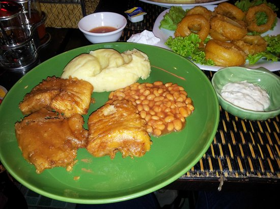 Blue Dolphin : Fish and Mash