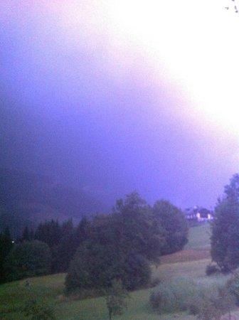 Hotel NockResort: Onweer in de avond